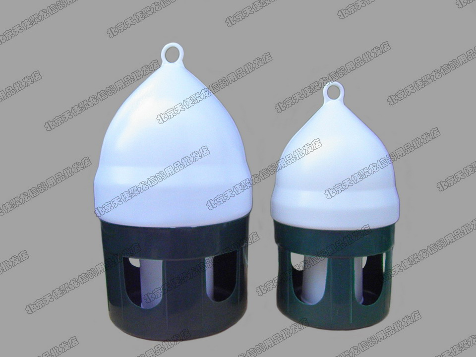 特级塑料饮水器