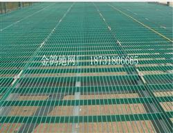 金属包塑钢格地网
