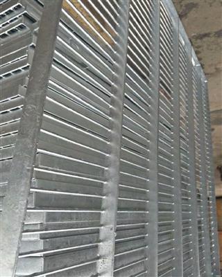 镀锌钢格地网鸽棚专用