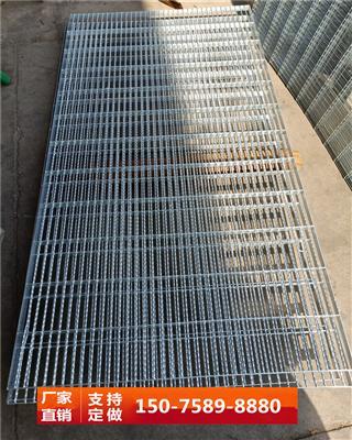 热镀锌钢格焊接鸽棚地网公棚专用地网永不生锈鸽舍地网